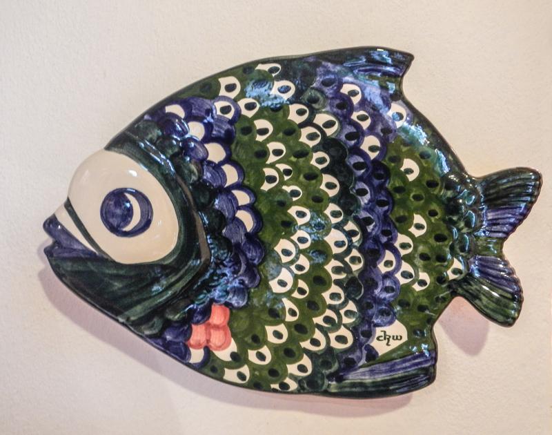 Keramik Fisch im Büro