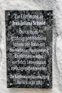 Das Legat der Julina Schmid. Einweihung der Gedenktafel am 7. Juli 2012.
